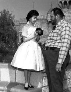 Annette Funicello Mouseketeer 2 233x300 Mouseketeer Annette Funicello   Das traurige Schicksal einer Disney Legende