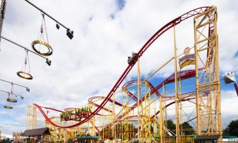 Auch in diesem Jahr ist die Wilde Maus XXL wieder ein Highlight auf dem Sommerdom - Anklicken zum Vergrößern!