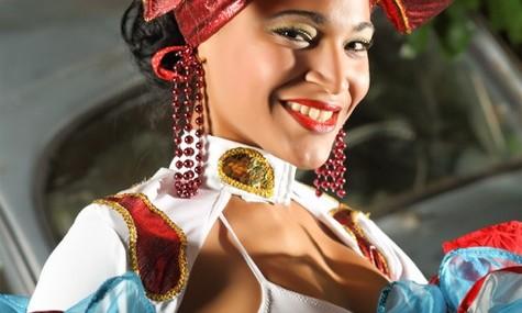 """Die neue Abendshow """"Cuba Tropical"""" lockt seit Februar 2014 mit purer Lebensfreude (anklicken für vollen Genuss)"""