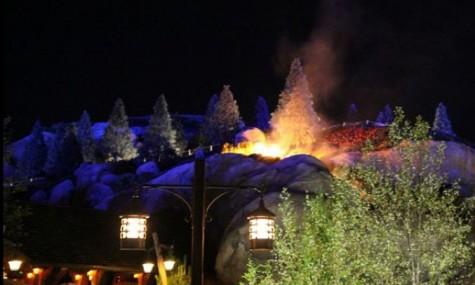 Ein Feuer entzündete sich beim Seven Dwarfts Mine Train im Fantasyland