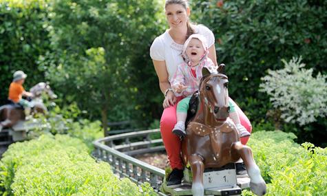 Die neue Pferdereitbahn lässt Kinderherzen höher schlagen
