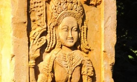 Ein Detail auf der Fahrt durch Angkor - sommerlicher wird es im Artikel...