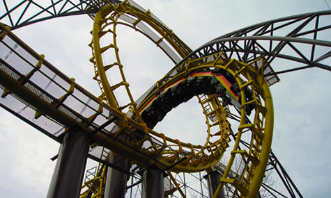 interlocking loops Achterbahn Lexikon